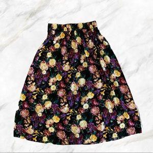 Vintage | Stunning Floral Print Black Maxi Skirt